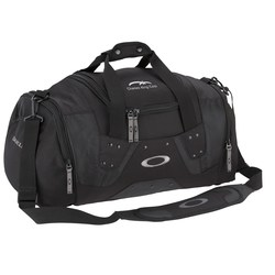 View a larger, more detailed picture of the Oakley Small Carry Duffel