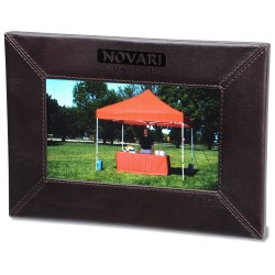 View a larger, more detailed picture of the Leather 7 Digital Photo Frame