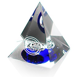 View a larger, more detailed picture of the Pyramid Art Glass Award