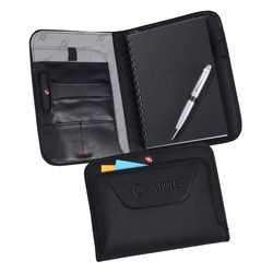 View a larger, more detailed picture of the Wenger Deluxe Ballistic Journal Set